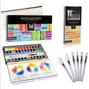 NWT Watercolor paint set